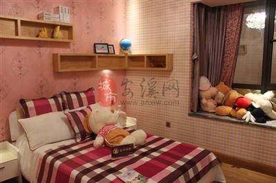 儿童房卧室实景图