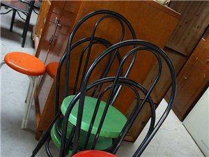很便宜的二手椅子,质量蛮好
