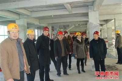 视察新建预售楼房的建设情况