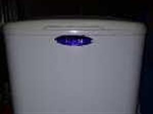 出售小天鹅单杠迷你洗衣机和居而舒饮水机
