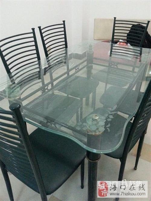 餐桌餐椅便宜賣了