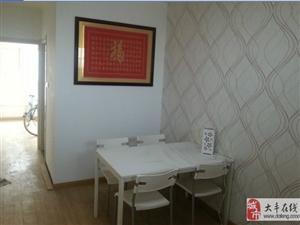 瑞城国际 2室2厅100平米 精装修 年付(个人)