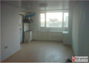 出售老区三中华怡园一楼新装修未入住122.52平