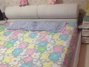 自用白色榻榻米布艺双人床,9成新