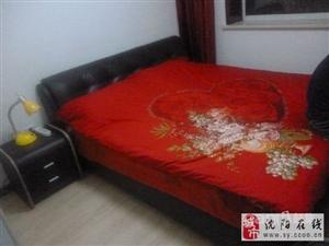 皮革床 带床垫子 床头柜 低价急售