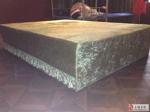 出售纯实木软床,保证实木