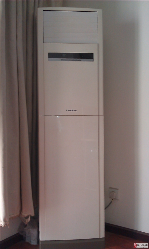 低價轉讓長虹大3P柜式空調一臺