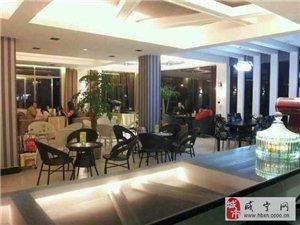 咸寧學院西區二層咖啡廳低價轉讓(可改做餐飲)