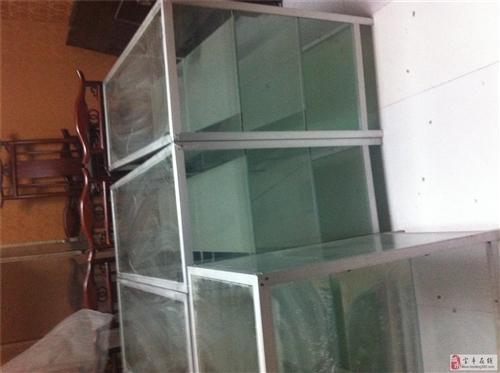 出售玻璃柜臺