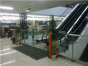 临水购物中心内景2