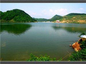 松桃苗王湖度假村